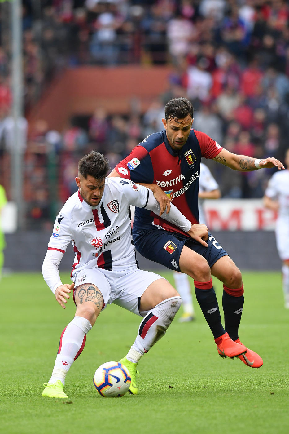 I sardi fanno 1-1 contro il Genoa: le immagini del match