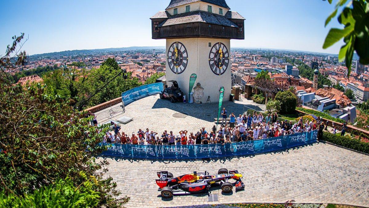 Verstappen porta la Red Bull al castello di Graz
