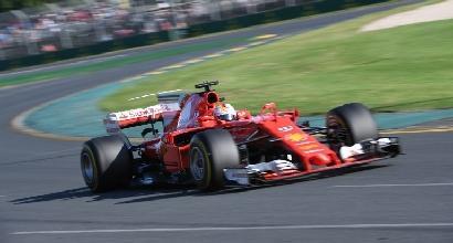 """Vettel, gioia via radio: """"Questa è per noi, forza Ferrari"""""""