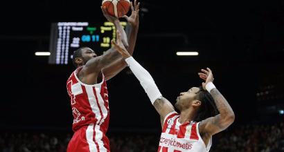 Serie A, Basket: Milano soffre ma piega Varese, Venezia ok