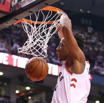 Play off Nba: i Raptors accelerano, Boston non perdona. New Orleans inarrestabile