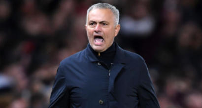 Manchester United, Mourinho vive da 825 giorni in una suite da 700 euro a notte