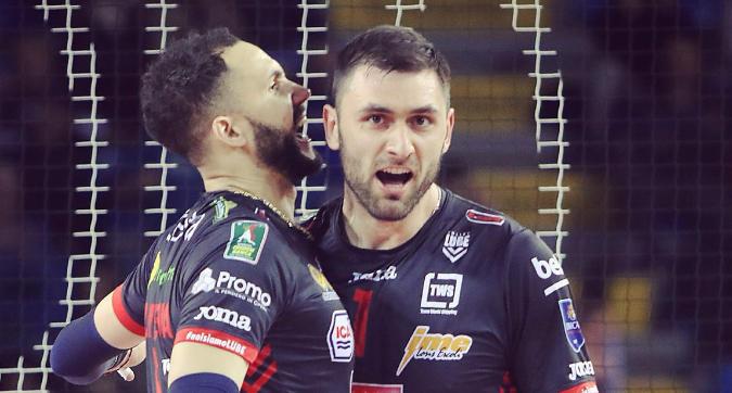 Volley, playoff Superlega: Civitanova si prende la semifinale a Verona, Perugia beffata da Monza