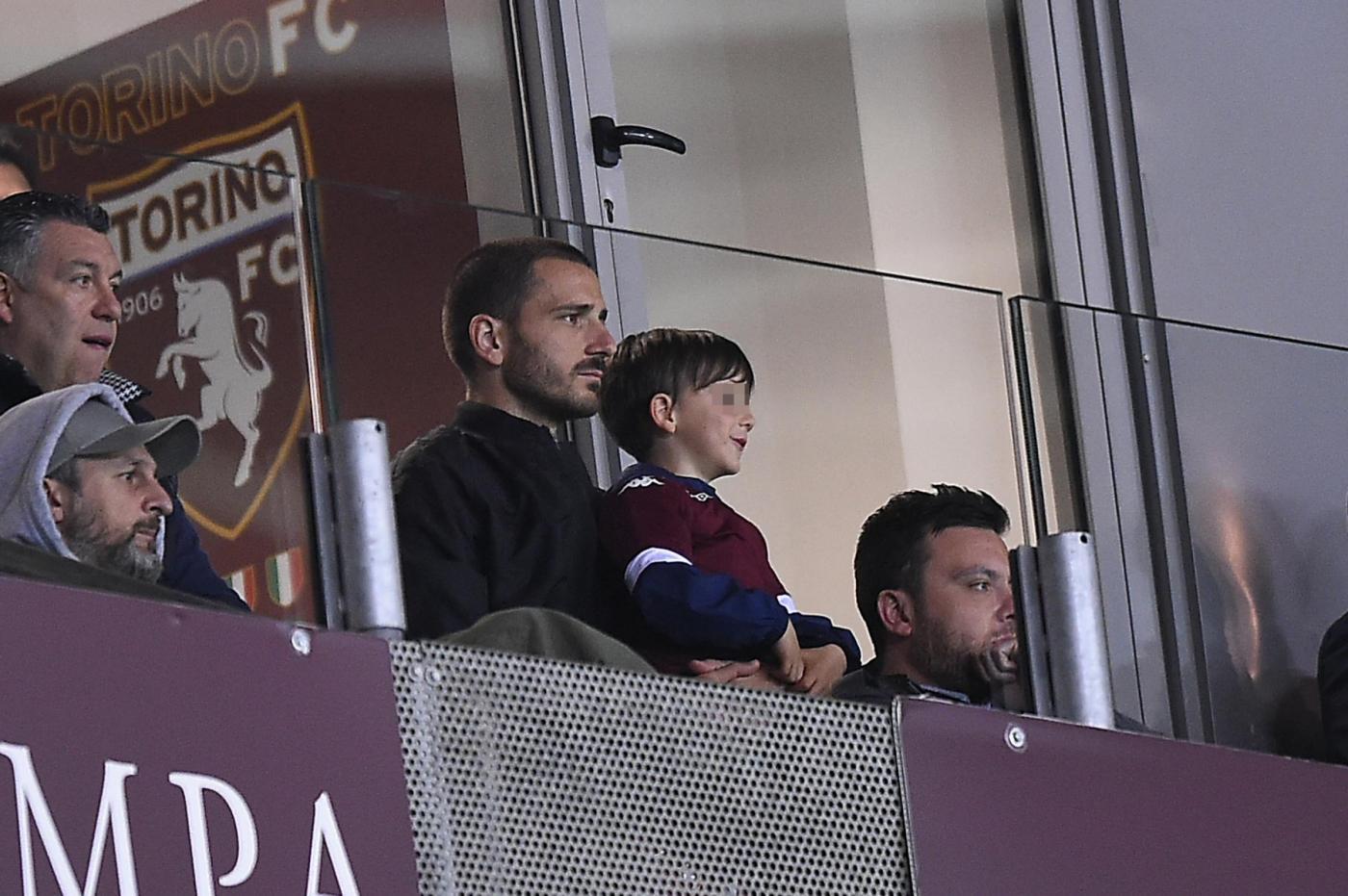 Bonucci e il figlio Lorenzo assistono a Toro-Samp
