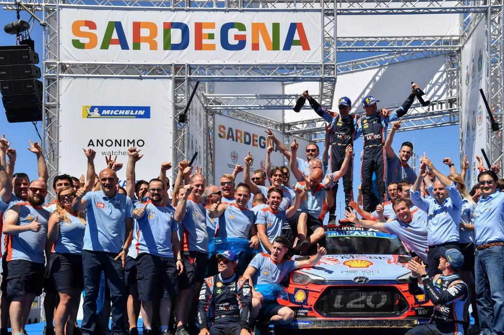 Lo spagnolo Dani Sordo ha vinto il Rally di Sardegna, interrompendo un digiuno che durava dal 2013 grazie a un problema tecnico di Tanak<br /><br />