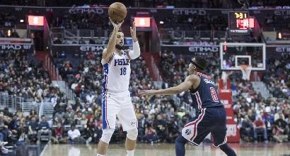 Basket, Nba: Houston ok all'overtime, i Sixers di Belinelli vincono ancora