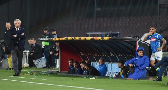 """Papà Insigne contro Ancelotti: """"È un pacco"""""""