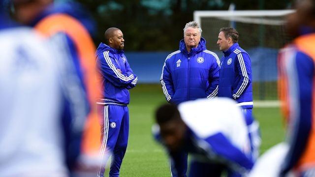 Chelsea, primo allenamento per Hiddink