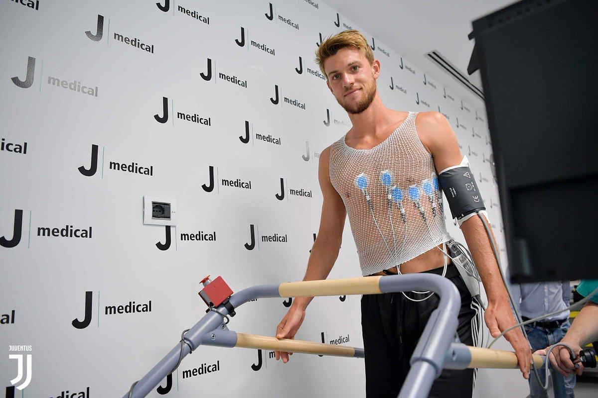Alla Continassa giornata di visite mediche e primo allenamento agli ordini di Sarri per la Juve (foto juventus.com)