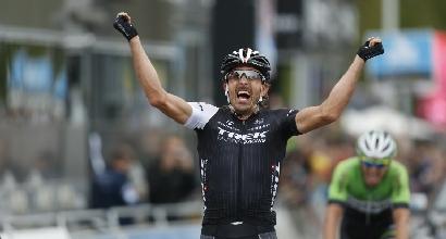 Ciclismo: Cancellara vince il Giro delle Fiandre