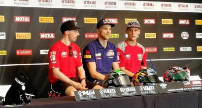 Superbike, colpo di Marco Melandri: splendida vittoria a Phillip Island