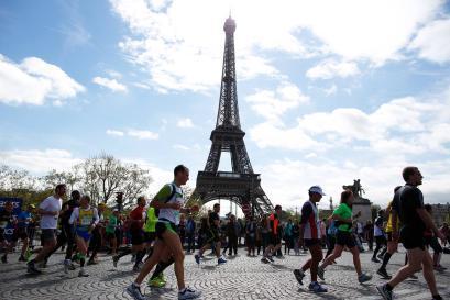 Parigi rivoluziona la maratona olimpica: nel 2024 sarà aperta a tutti