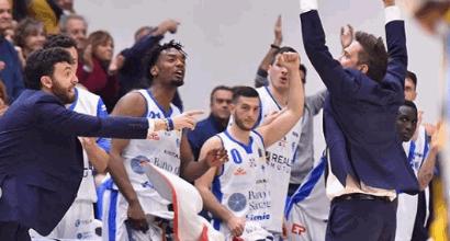 Basket, pasticcio Pozzecco: Sassari perde 20-0 a tavolino
