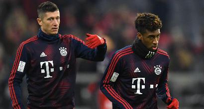 Bayern lite con mani in faccia tra Lewandowski e Coman