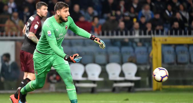 Milan, respinta la prima offerta del Psg per Donnarumma. E Gigio vuole restare...