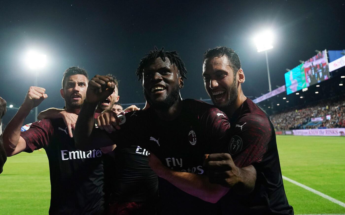 Calhanoglu e Kessie firmano l'ultima vittoria dei rossoneri in campionato