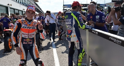 MotoGP: Marc Marquez domina il warm up