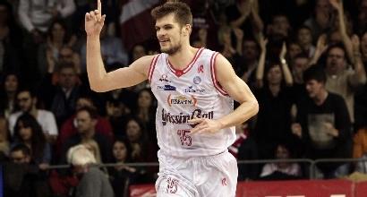 Basket, Serie A: Reggio e Milano in vetta, Avellino non si ferma