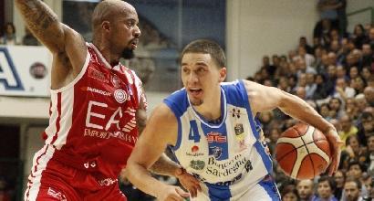 Basket, Serie A: Sassari schianta Milano, Venezia e Brescia in vetta