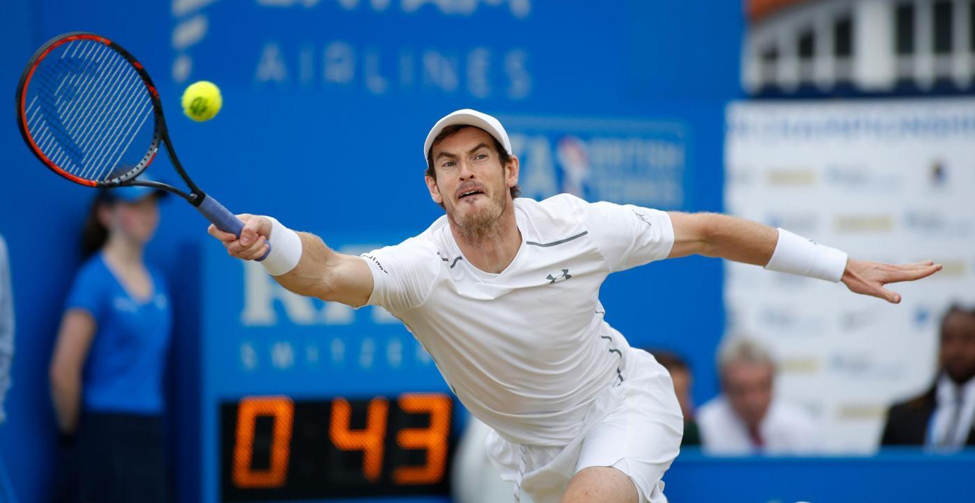 Tennis Murray cala il pokerissimo al Queen's