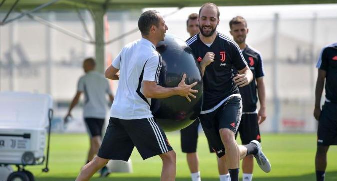 Juventus, terzo giorno di allenamenti alla Continassa