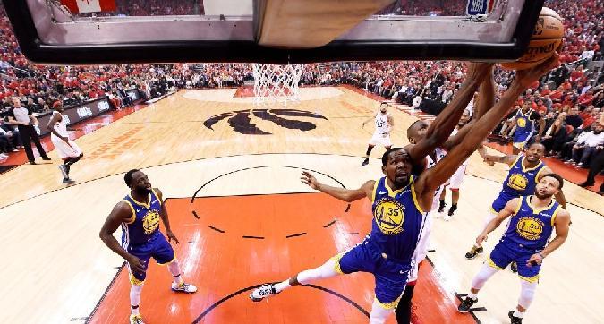 Nba, Raptors-Warriors: verdetto rimandato o ribaltato?