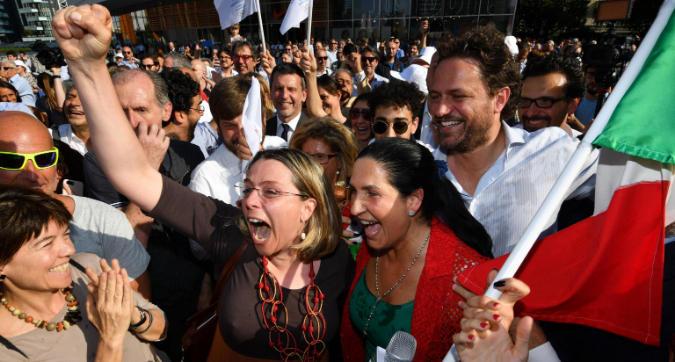 Olimpiadi 2026, Milano fa festa in piazza