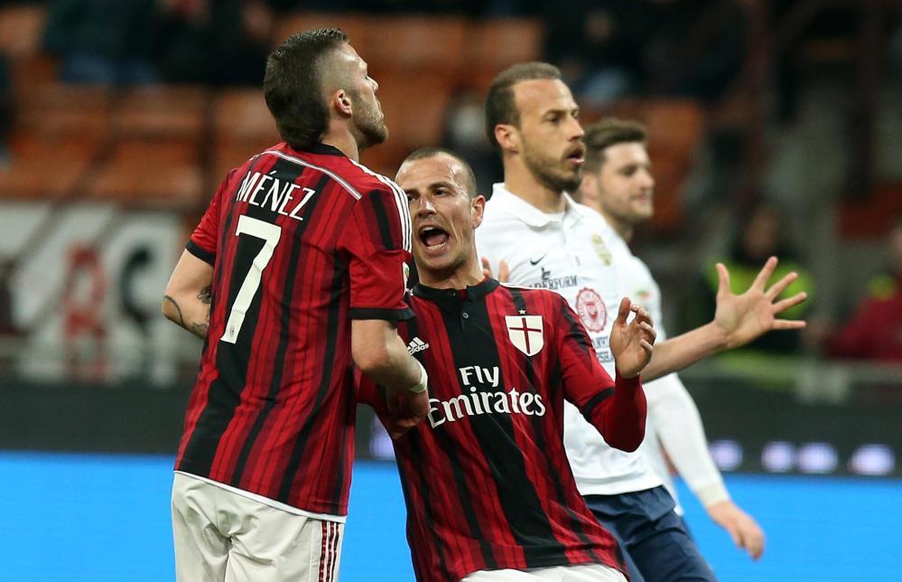 Il tecnico del Milan prega per la vittoria <br /><br />