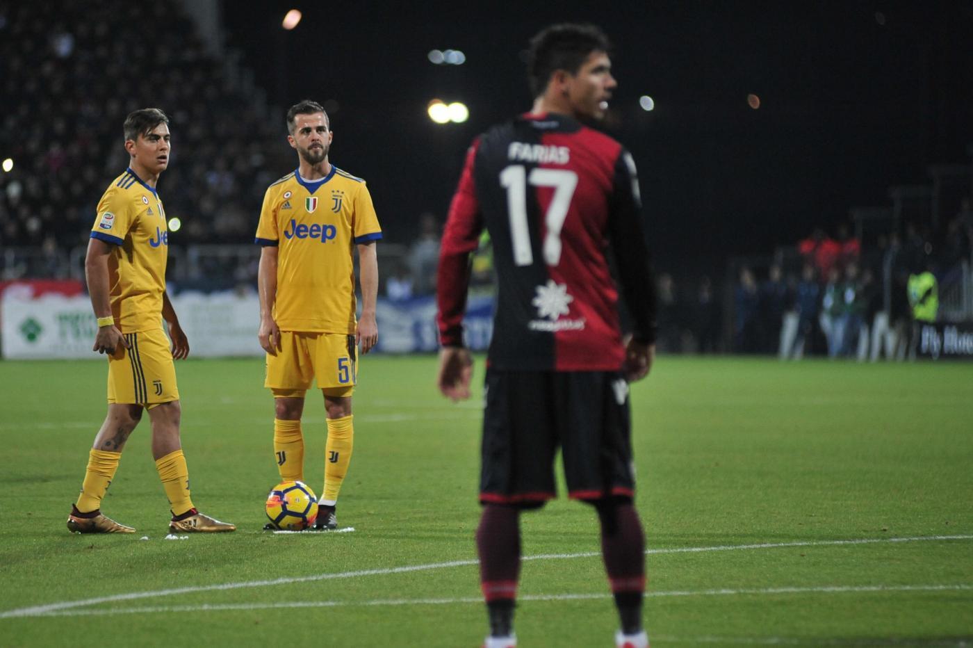 La Juventus passa a Cagliari con Bernardeschi