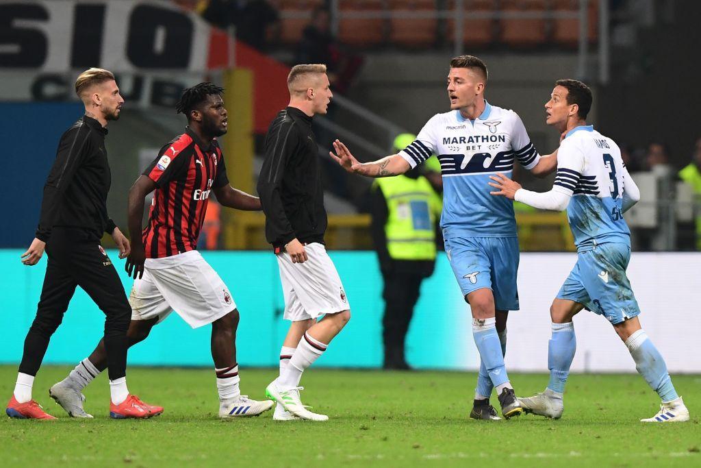Milan-Lazio, tensione al fischio finale: rissa sfiorata