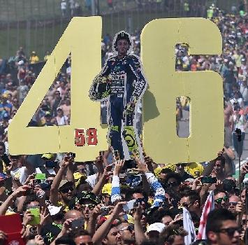 MotoGP, anche la Serie A si mobilita per Valentino Rossi