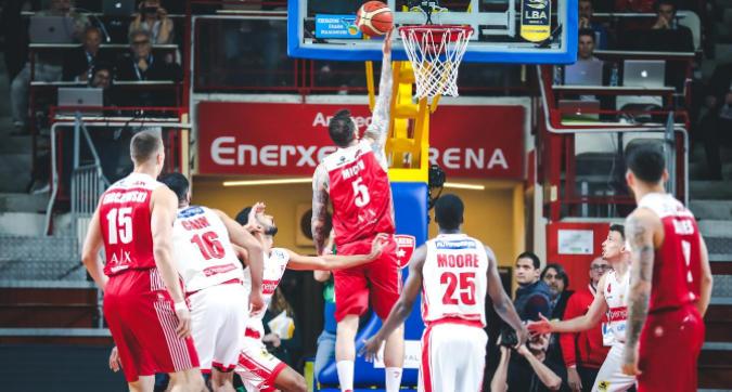 Basket: Milano fa suo il derby