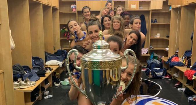 Volley, Conegliano: la festa scudetto è hot, tutte nude dietro la Coppa