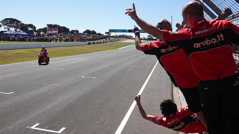 Superbike, Bautista trionfa all'esordio con la Ducati