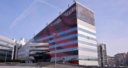 Slitta il closing del Milan