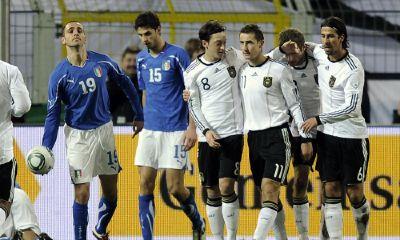 Il gol di Rossi salva l'Italia: 1-1