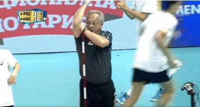 Mondiali di volley: l'Argentina batte la Polonia 3-2, Velasco perde la testa