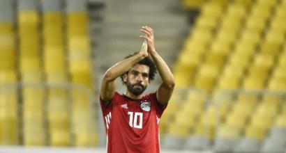 Salah, magia e preoccupazione: segna da corner, poi si fa male