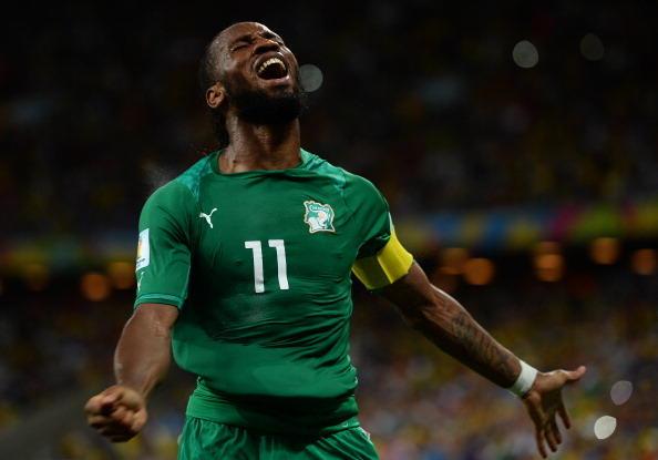 Nel palmares anche due premi come calciatore africano dell'anno (2006 e 2009), due come capocannoniere della Premier League (2006-07 e 2009-10), uno compe capocannoniere della coppa d'Africa (2012) oltre al Golden Foot 2013