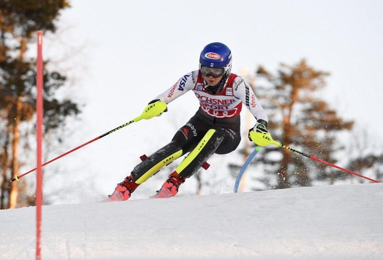Shiffrin, sempre lei: vince il primo slalom della stagione