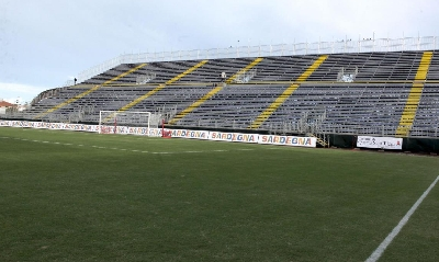 IS Arenas, Lapresse