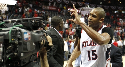 Nba, playoff: Horford lancia Atlanta, Golden State domina