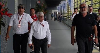 """F1, Ecclestone vende ma resta: """"Altri tre anni"""""""