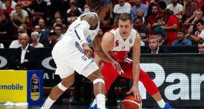 Basket: esordio vincente per Milano, Virtus al fotofinish a Trieste