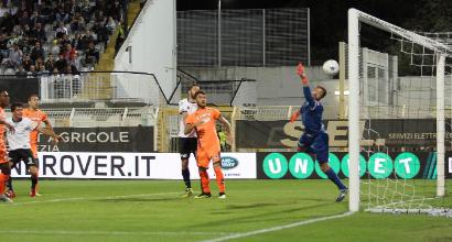 Serie B: il Pescara vince e prova la fuga in vetta