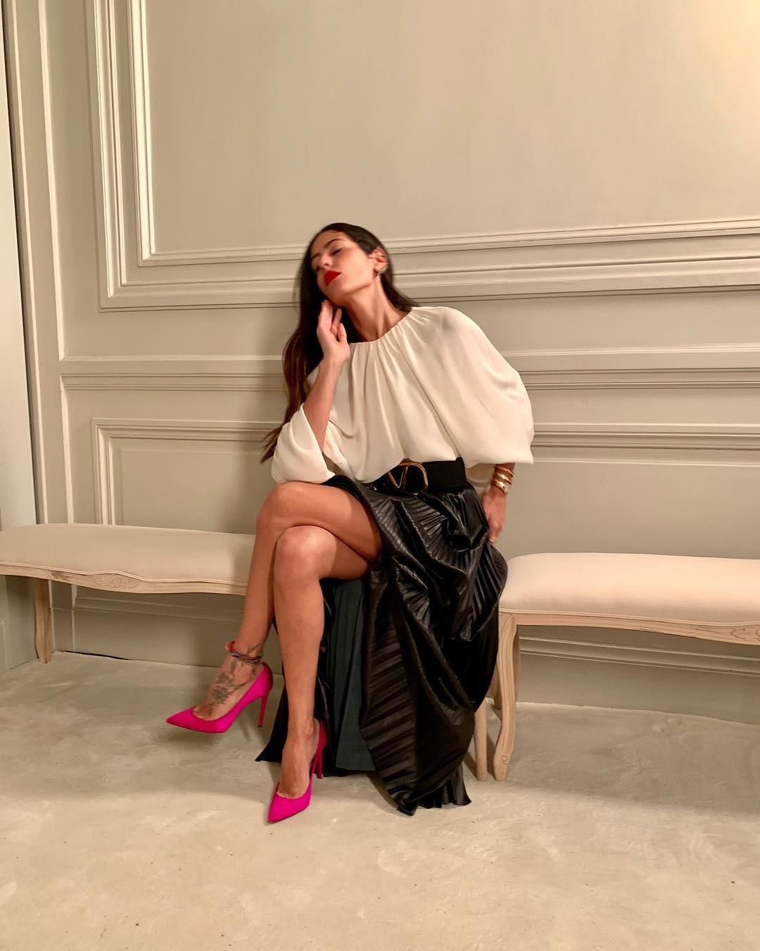 Nuova conquista per Marco Borriello. Si tratta di Gilda Ambrosio, modella e fashion blogger. Lui è stato l'ex di Belen, lei pare abbia invece avuto un flirt con Stefano Martino.