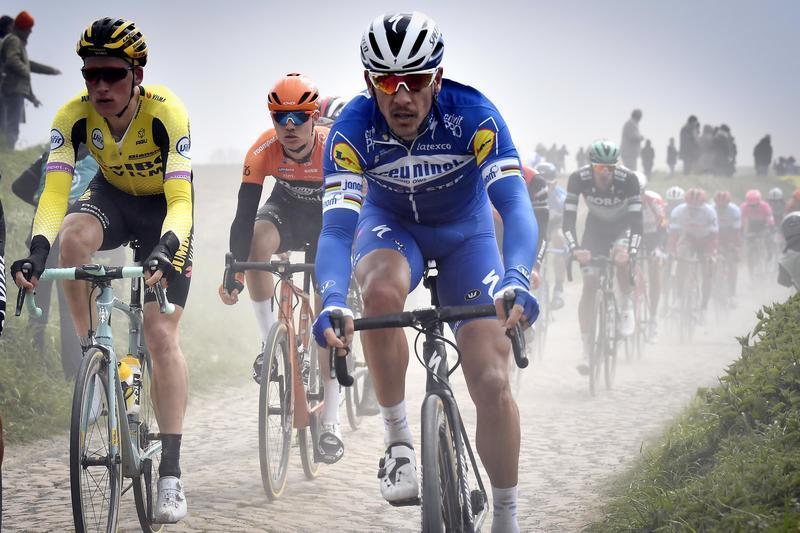 Il 37enne belga si aggiudica l'edizione n°117 della classica del ciclismo