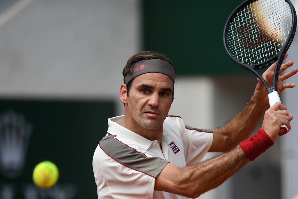 Lo svizzero Roger Federer vola agli ottavi di finale del Roland-Garros dopo aver battuto Ruud
