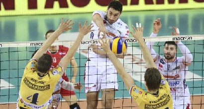 Volley, SuperLega: rimontona Trento, 1-0 su Modena