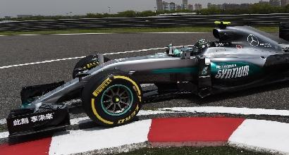 F1, GP Cina: Rosberg subito davanti nelle libere 1